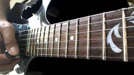 Clases personalizadas de guitarra.